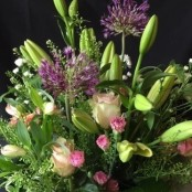 Pretty posy box